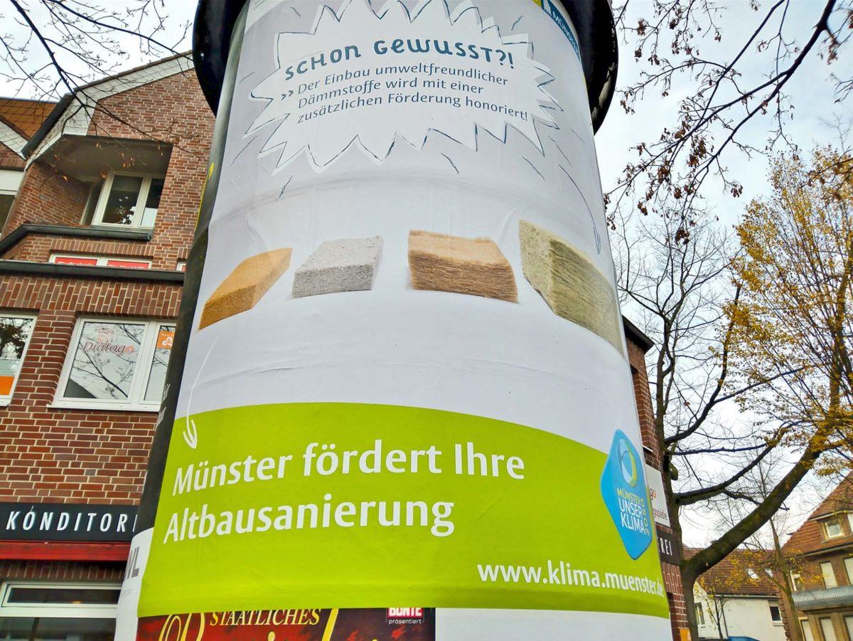 Anschlag auf Litfaßsäule für geförderte Altbausanierung Münster