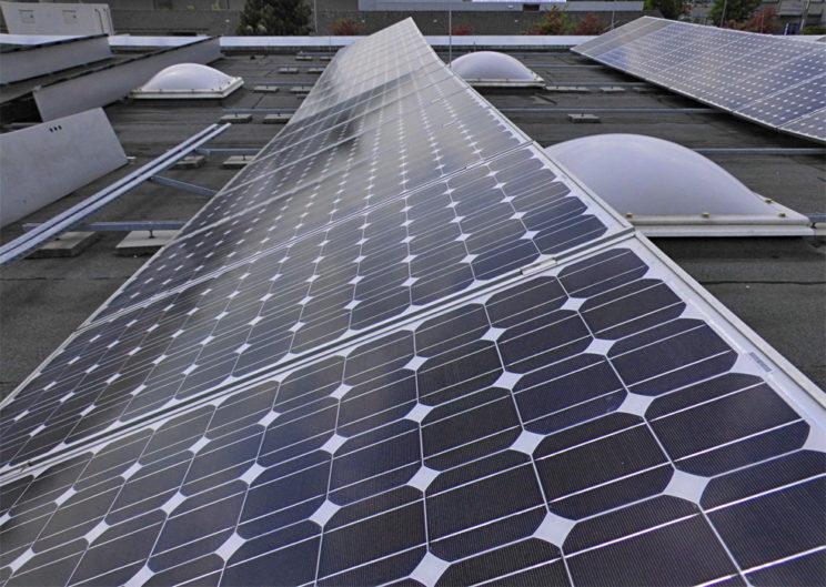 Fotovoltaikanlage auf Flachdach