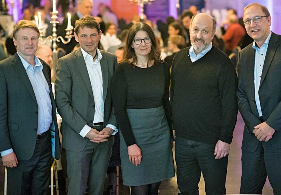 Hinderk Hillebrands (v. links), Andreas Holm, Marita Klempnow, Hermann Dannecker und Anton Maas auf dem Kongress
